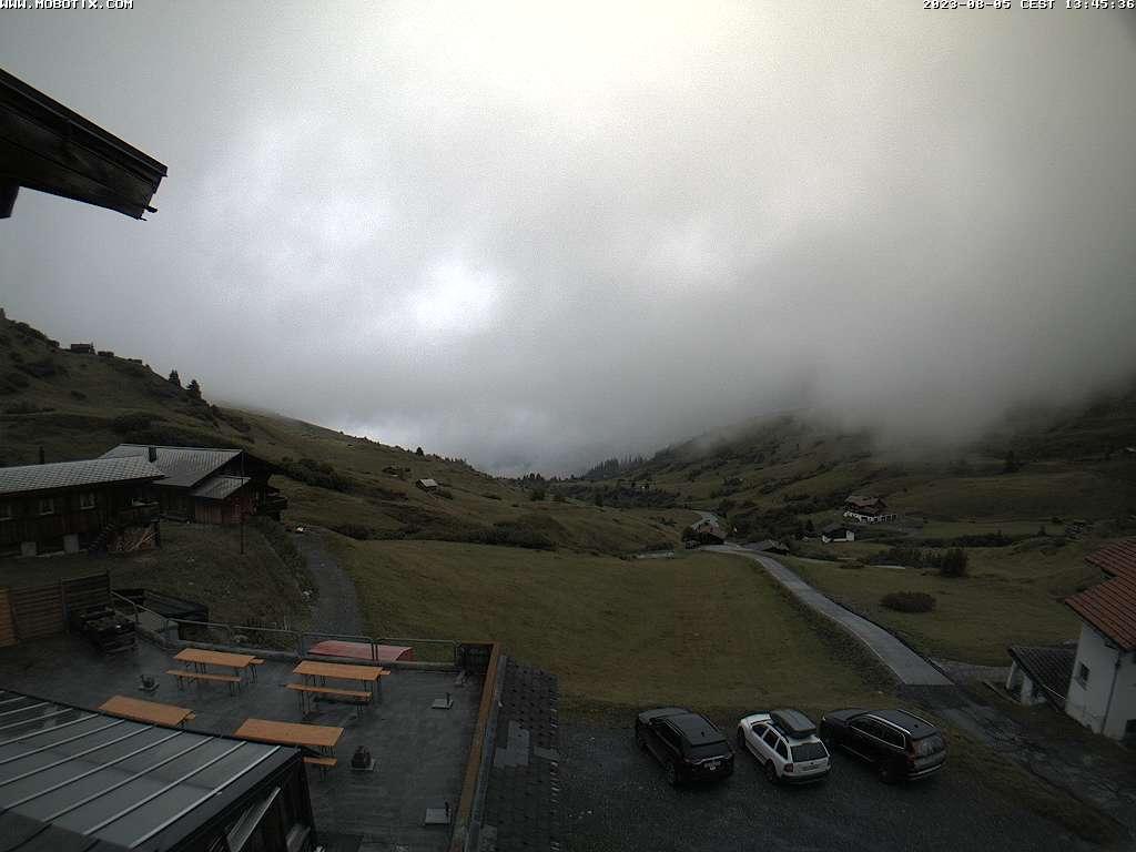 Blick vom Berghaus Arflina Richtung Tal